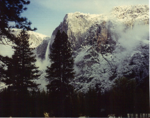 Yosemite 1994 - snow and falls
