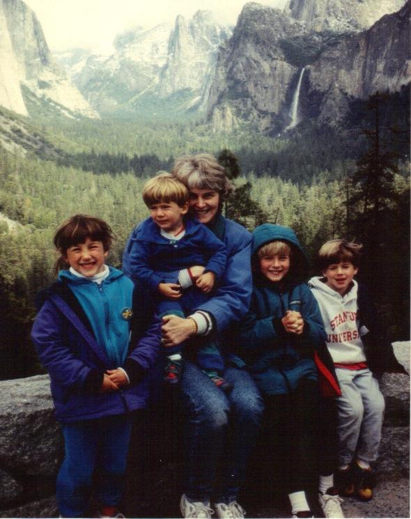 Yosemite 1994 - Yosemite Valley overlook