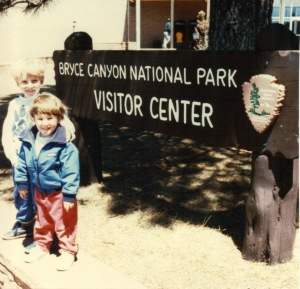Bryce - kids with Visitor Center sign