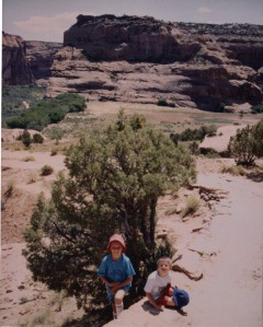 Canyon de Chelly - no shade on the trail