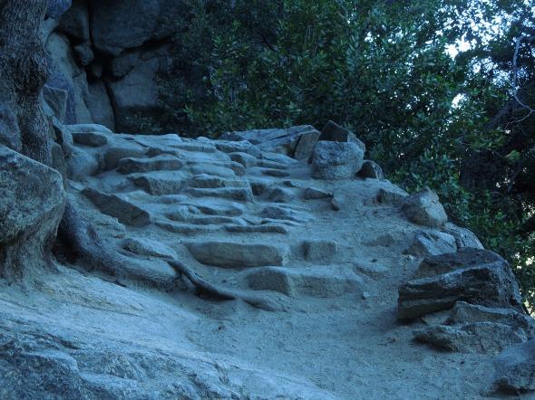 Yosemite Falls trail down